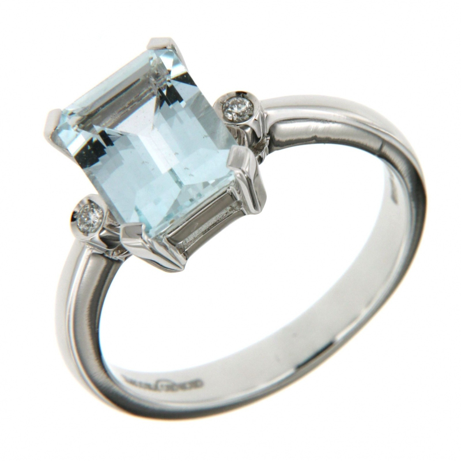 Anello Diamanti 0,09 ct e Acquamarina 2,02 ct