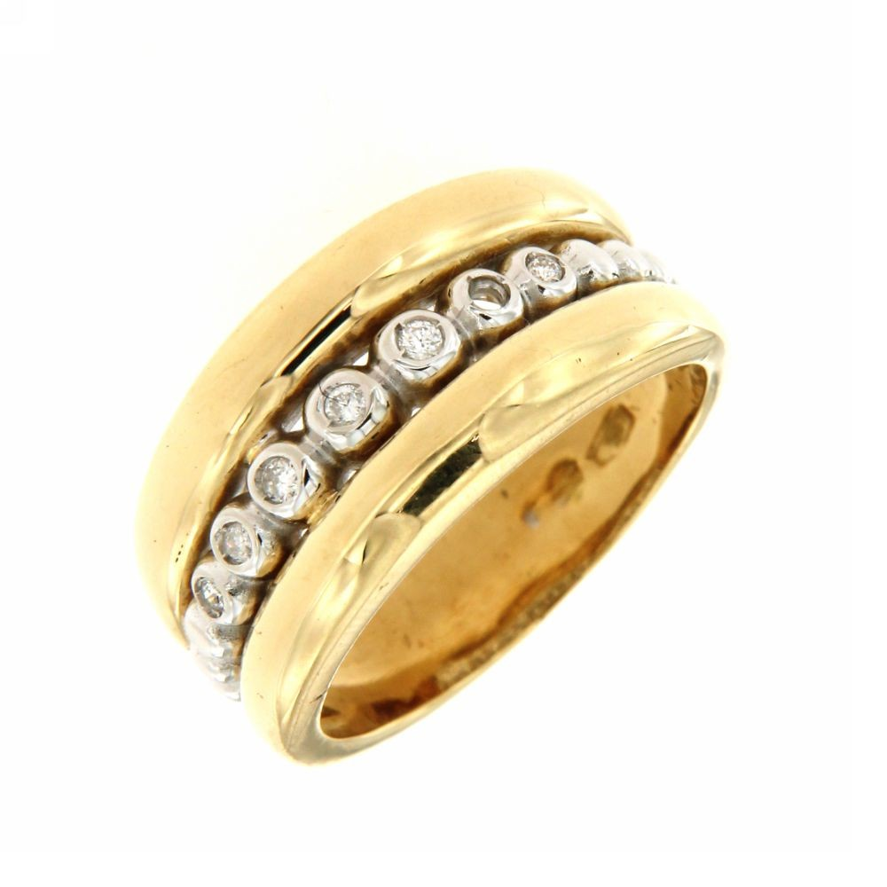 Anello in oro giallo con diamanti 0,07 ct