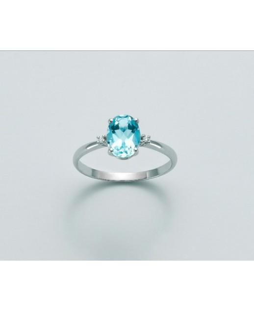 Anello con topazio azzurro naturale e diamanti