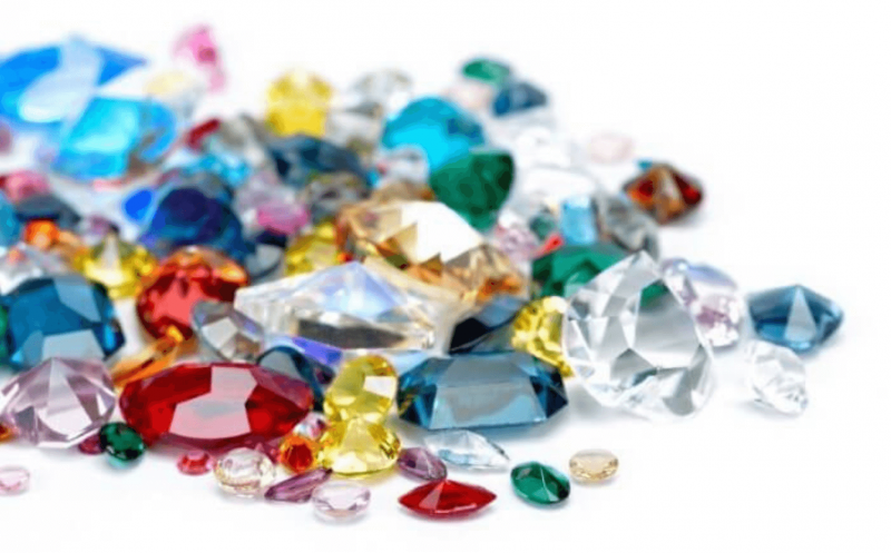Jewels with precious stones